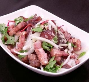 鹹豬肉拌木耳-2