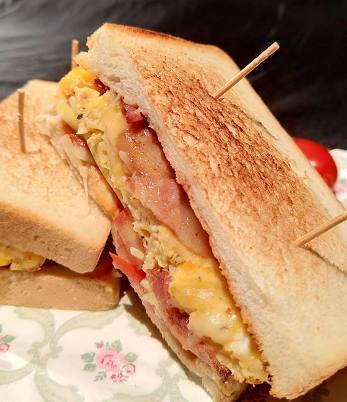 起司滑蛋三明治-2