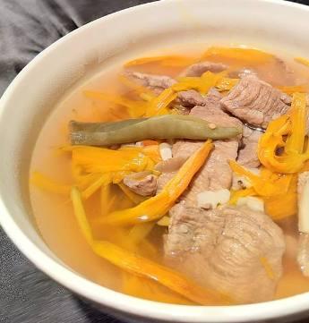 金針肉片湯-2
