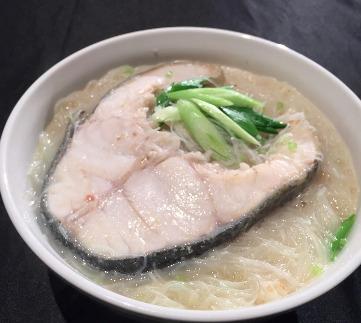 鱈魚米粉湯-2