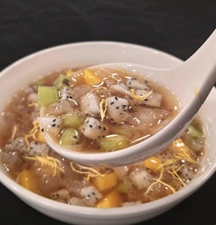 銀耳水果甜湯-2